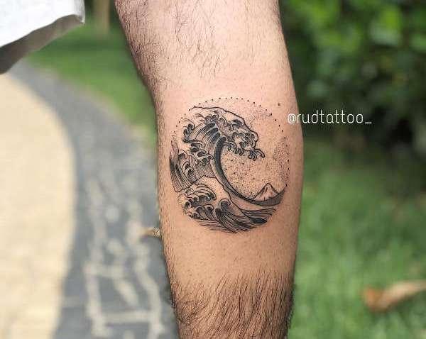 Significato e Idee  Tatuaggio Acqua & Onda: Significato, Idee e Foto