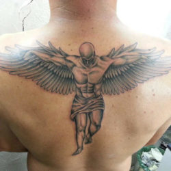 Significato e Idee  Tatuaggio Ali: Significato, Idee e Foto