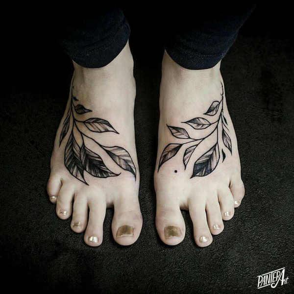 Significato e Idee Tatuaggi floreali  Tatuaggio Foglia: Significato, Idee e Foto