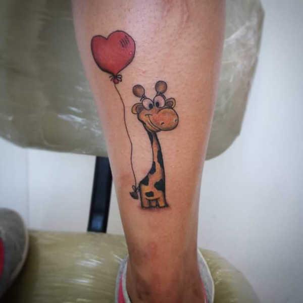 Animali Significato e Idee  Tatuaggio Giraffa: Significato, 40 immagini a cui ispirarsi