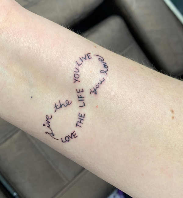 Significato e Idee  Tatuaggio infinito: Significato, Idee e Immagini