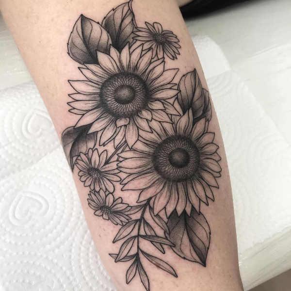 Significato e Idee Tatuaggi floreali  Tatuaggio Margherita: Significato, Idee e Immagini
