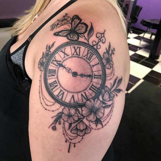 Tatuaggio Orologio Significato, Idee e Foto Significato e Idee