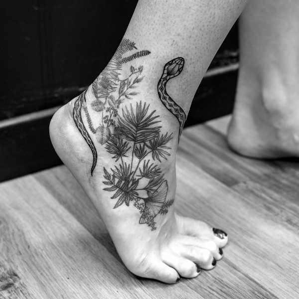 Animali Significato e Idee  Tatuaggio Serpente: Significato, Idee e Foto